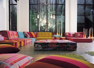 Mah Jong sofa in Kenzo fabric