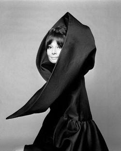 Valentino_Audrey_Hepburn_1969