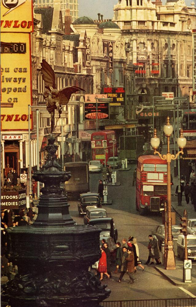 London_3a_Matou_en_Peluche