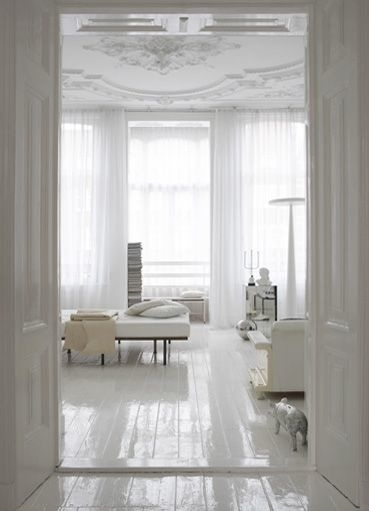 White floors apartment therapy