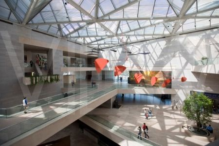 IMP-National_Gallery_of_Art_Washington_DC_by_IM_Pei_INTERIOR_OF_ATRIUM_WITH_ALEXANDER_CALDER_MOBILE