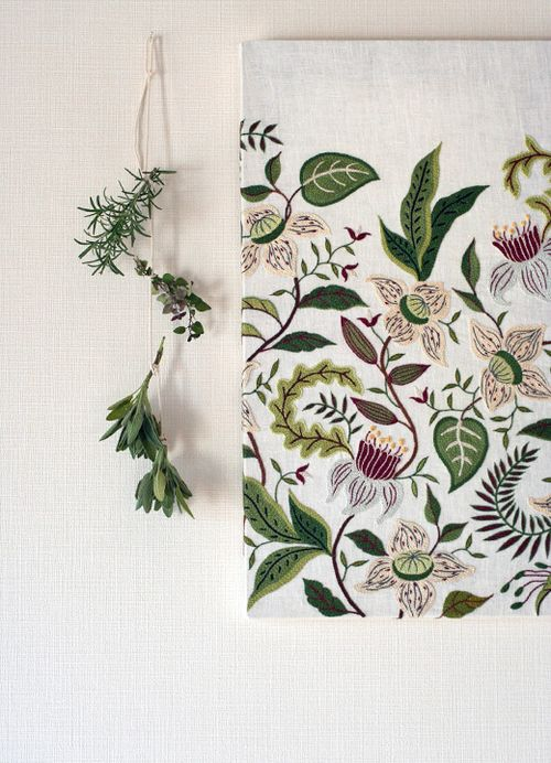 Higuccini_Herb_Embroidery