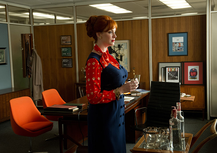 Mad_Men_Joan2