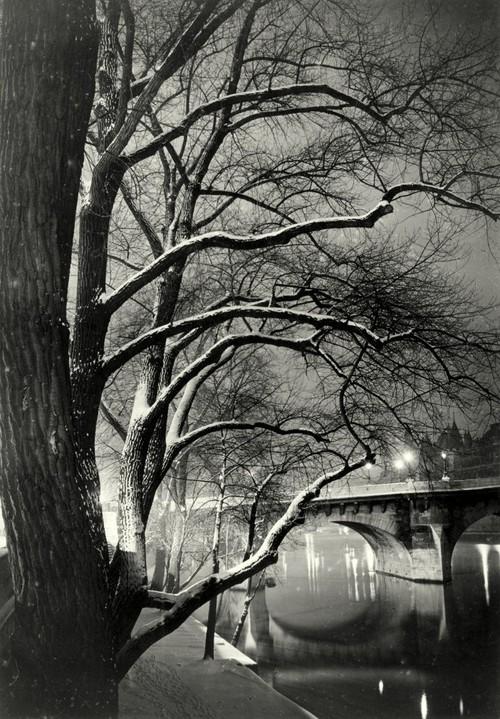 Paris_1945
