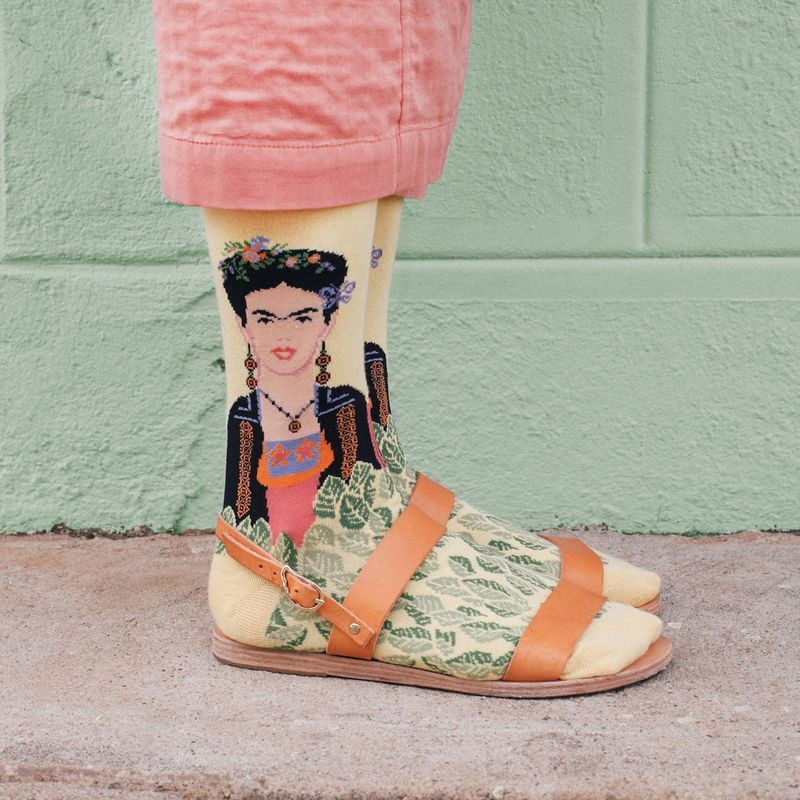 Cool-socks-Frida