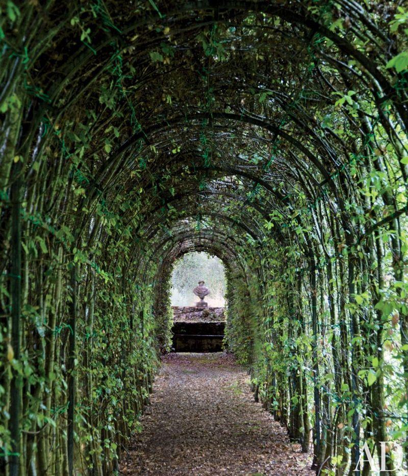 AD-traditional-garden-camilla-guinness-tuscany-italyd