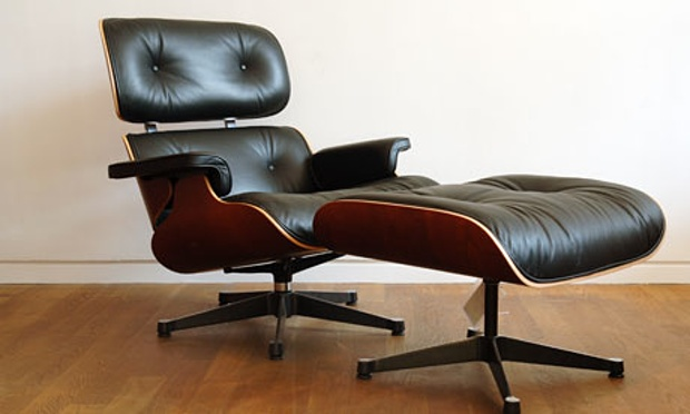 Eames_lounge_Chair_and_Ottoman
